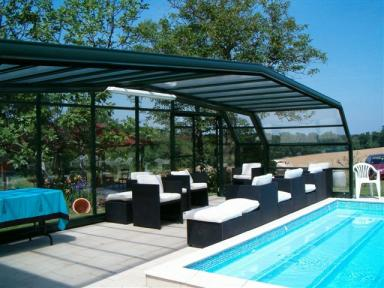 Maison de caract re avec piscine couverte spa sauna for Amenagement jardin 300m2